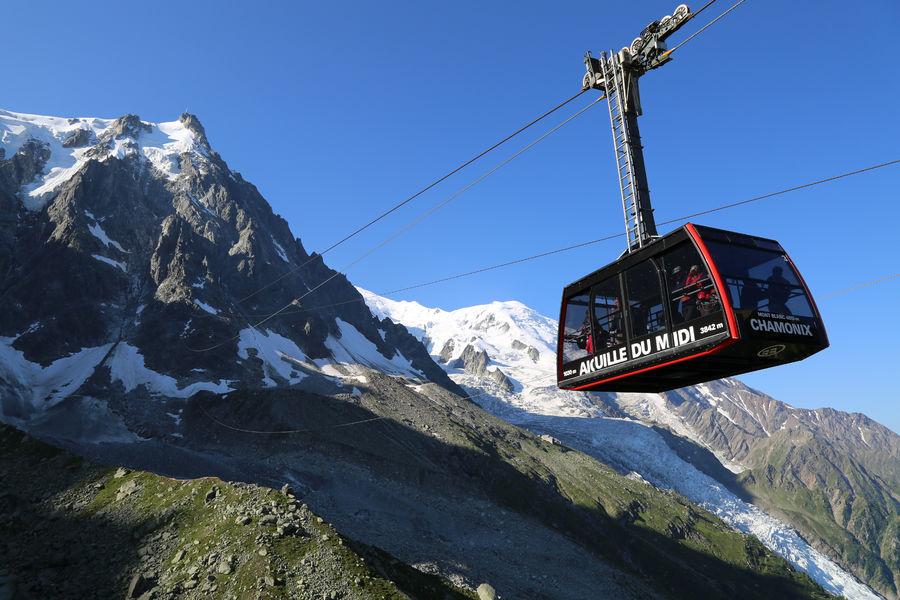 Chamonix Mont Blanc Téléphérique de l'Aiguille du Midi