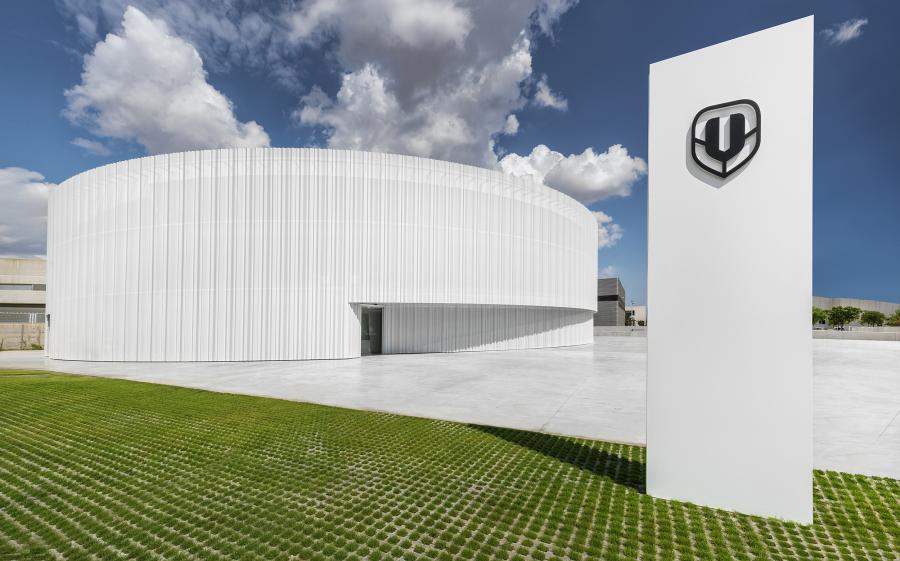 Mondraker estrena nuevas instalaciones en Elche, Alicante