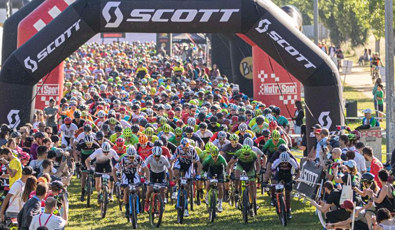Wout Alleman y Arantxa Salvadó se imponen en la Scott Marathon Cup BTT Girona by Continental
